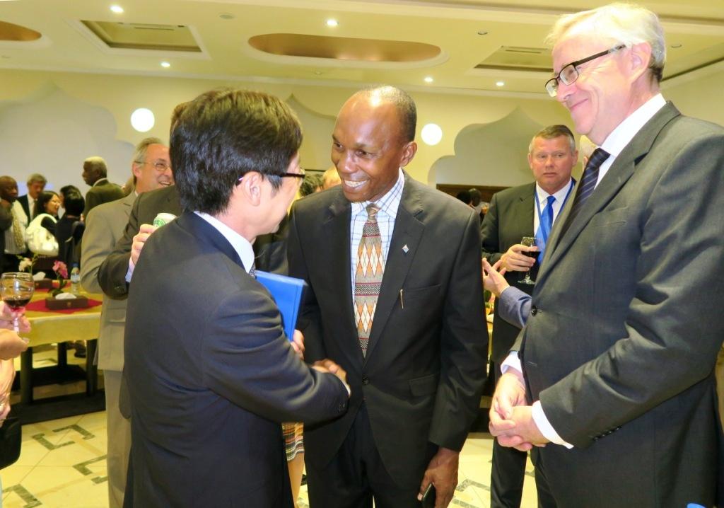 在スーダン日本大使館から   -